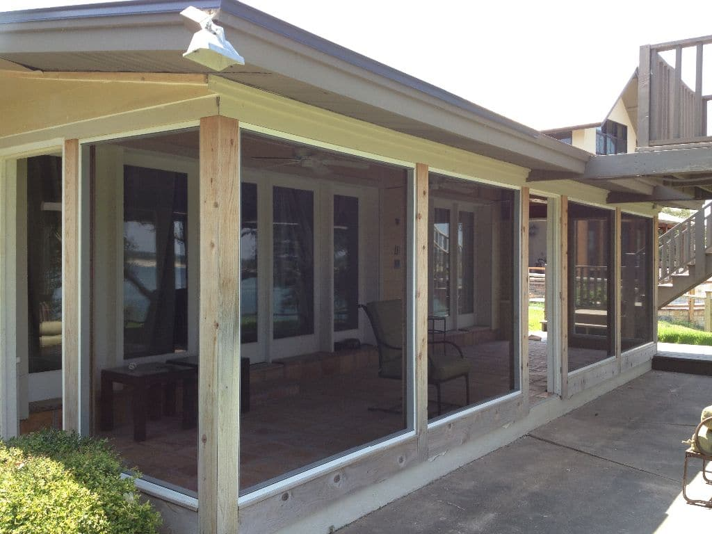 Screened porch in Austin built by Dan White's Screens & Things